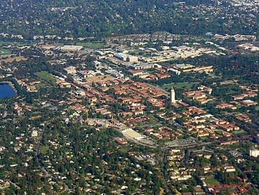 Stanford Campus Aerial from Wikimedia Commons by Jrissman
